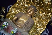 Temple Hasedera à Kamakura - Salle Amida-dô avec la statue de Yakuyoke Amida Bouddha