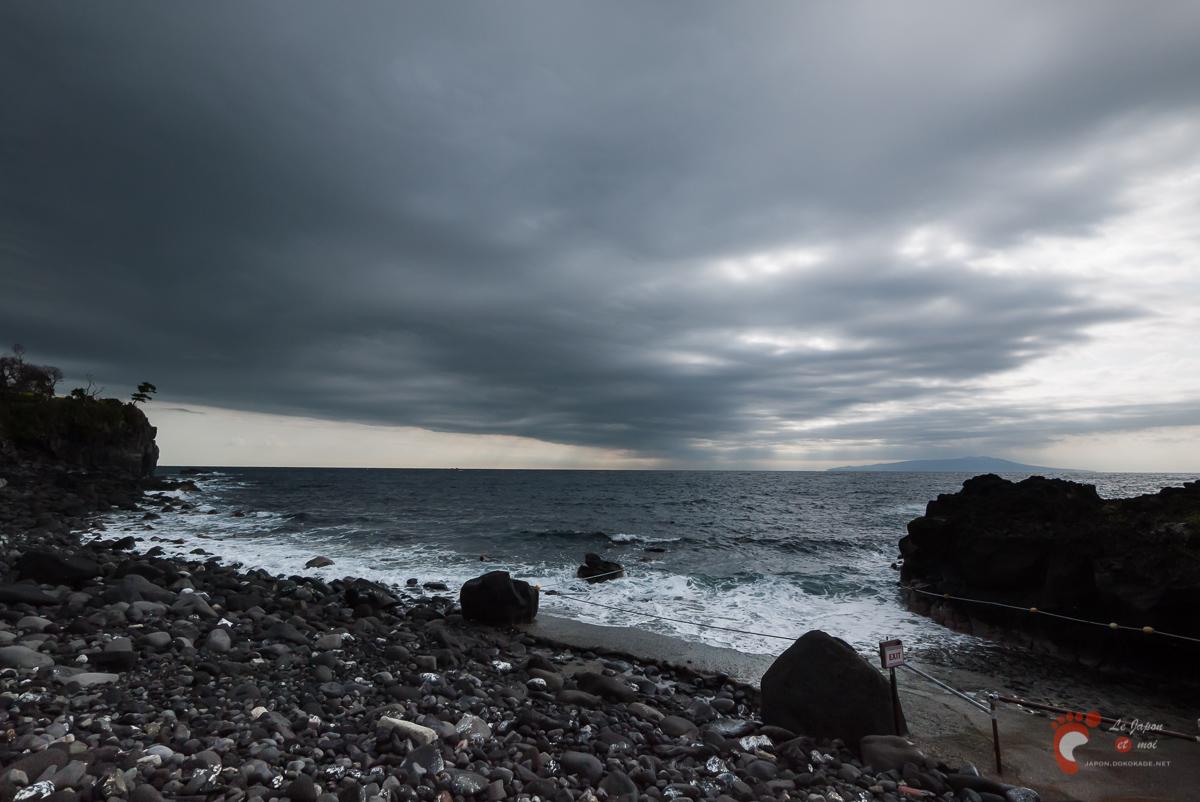 La côte depuis le Izu-Kaiyô-Kôen...