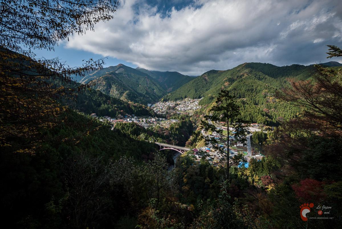 Vallée de Hato-no-Su depuis l'abri de Matsu-no-Kiōne